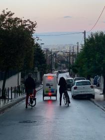 rue des roissy et sa vue au coucher du soleil